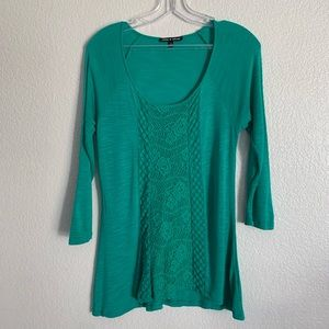 Cable & Gauge | Green ¾ sleeve crochet front S